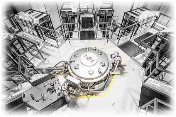 Fusion energy Machine 3: Vacuum chamber surrounded by 192 capacitors